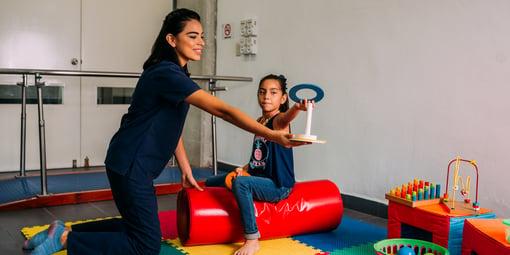 Fisioterapia y rehabilitación: vocación de servicio y cuidado
