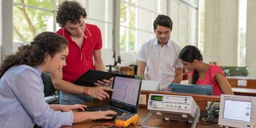Alumnos Ingeniería Industrial